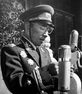 1959年林总主持国庆阅兵